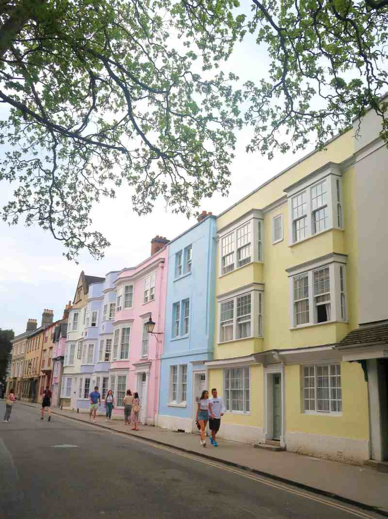Day Trip to Oxford from London, holywell street