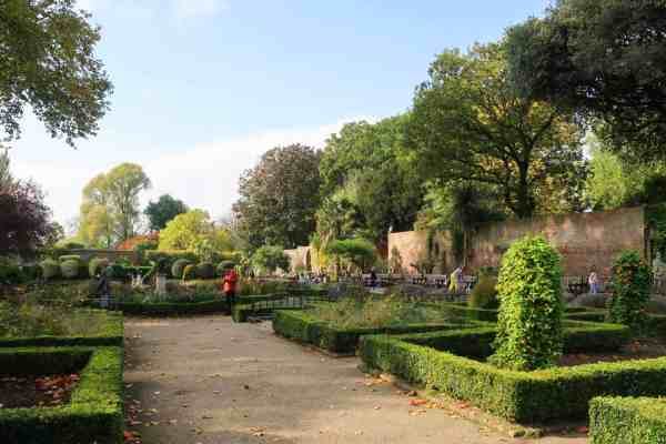 things to do in Kensington, Holland Park