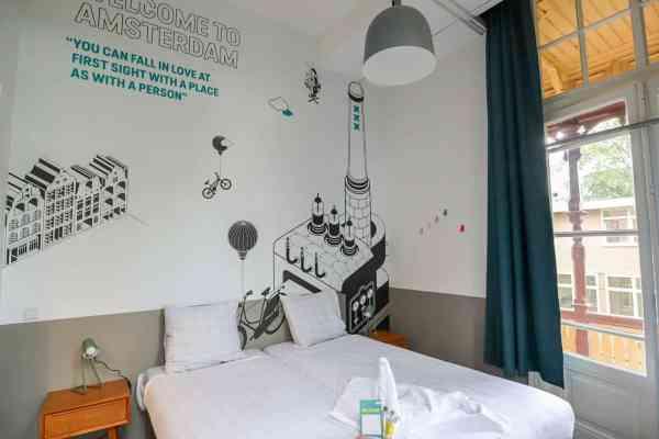 Stayokay Amsterdam Vondelpark Review, twin room
