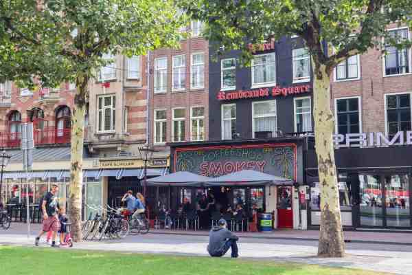 Amsterdam Central to Rijksmuseum, coffee houses