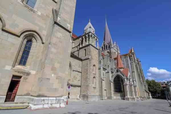 Montreux to Lausanne cathedral