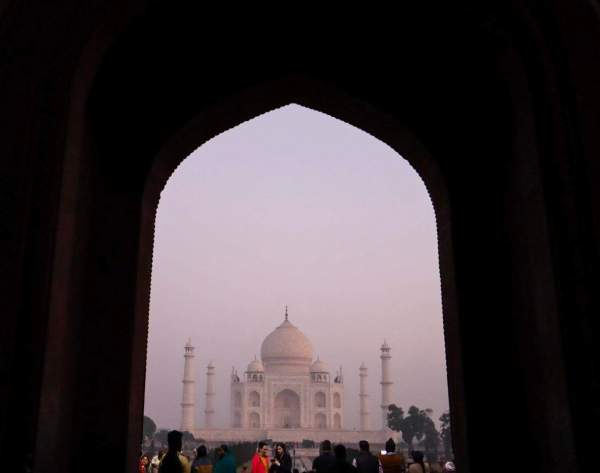 Taj Mahal Entrance Sunrise