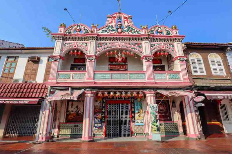 things to do in Melaka Malaysia, jonker walk shop