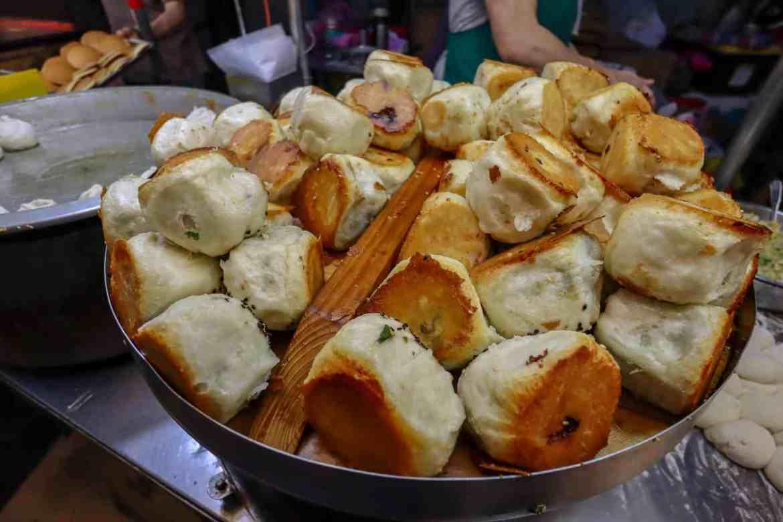 vegetarian food taiwan night markets stuffed bread