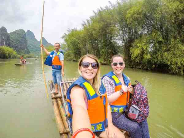 the dragon trip backpacking china tour yangshuo river bamboo rafting
