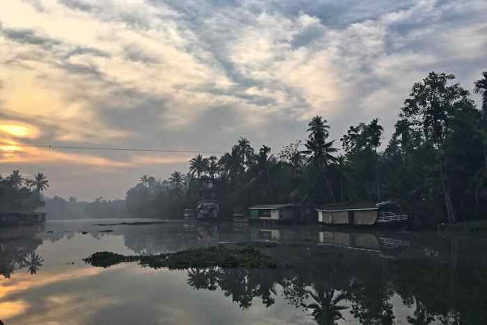Kerala Backwaters sunrise lake weather | best places to travel in Asia in July and August