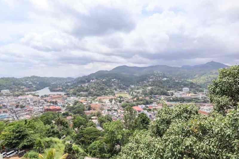 view over Kandy with cloud and lake | Sri Lanka weather in August