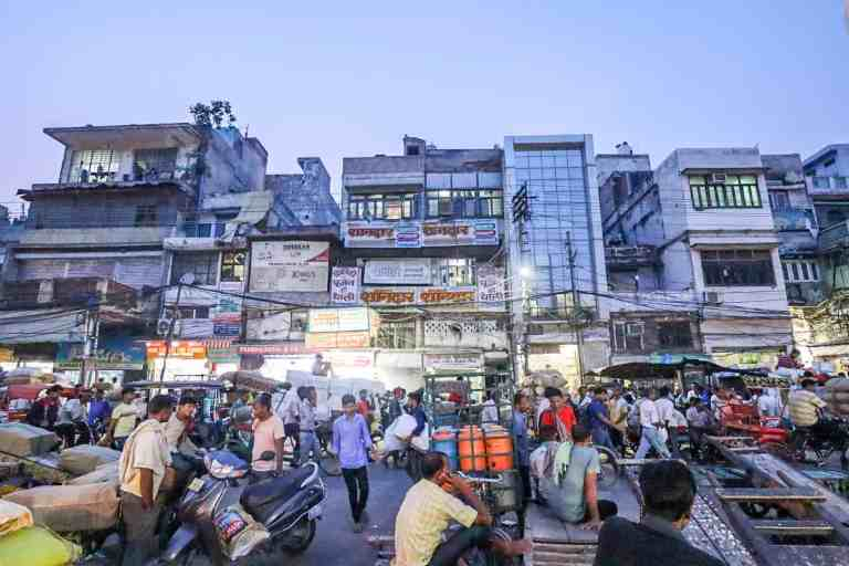 sunset in Old Delhi with Traffic | best places to visit in India