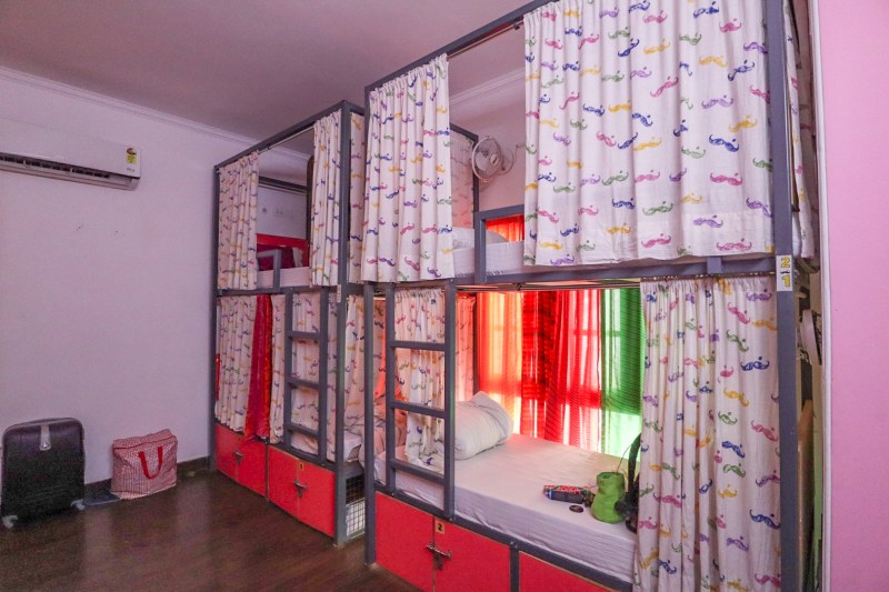moustache hostel new delhi female dorm room bunkbeds with curtains | planning a trip to India