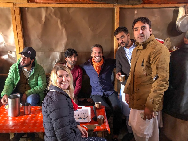 Pakistani men with ellie quinn | Pakistan travel tips