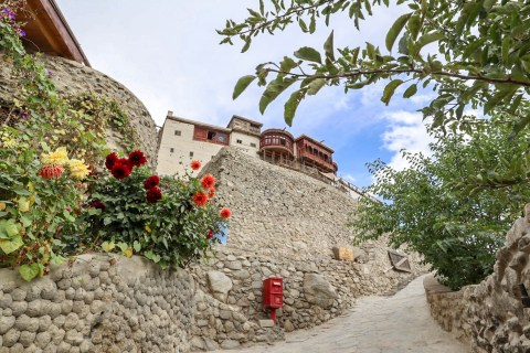 Baltit Fort and Flowers   Pakistan itinerary