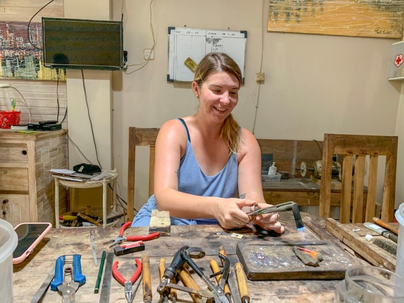 ellie quinn making jewellery at Yin Jewelry | gili T itinerary
