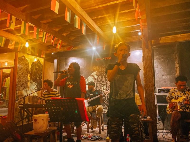 things to do in Gili Trawangan, Live music at Sama Sama Gili T