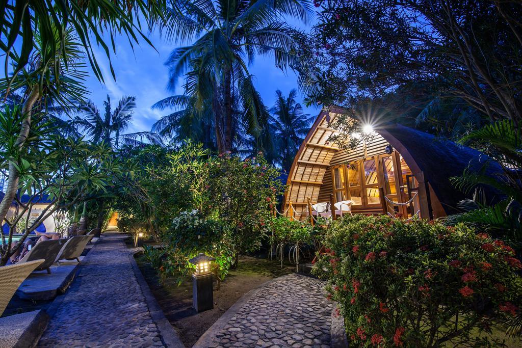 Bali Lombok itinerary, Manta Dive Gili Resort rooms