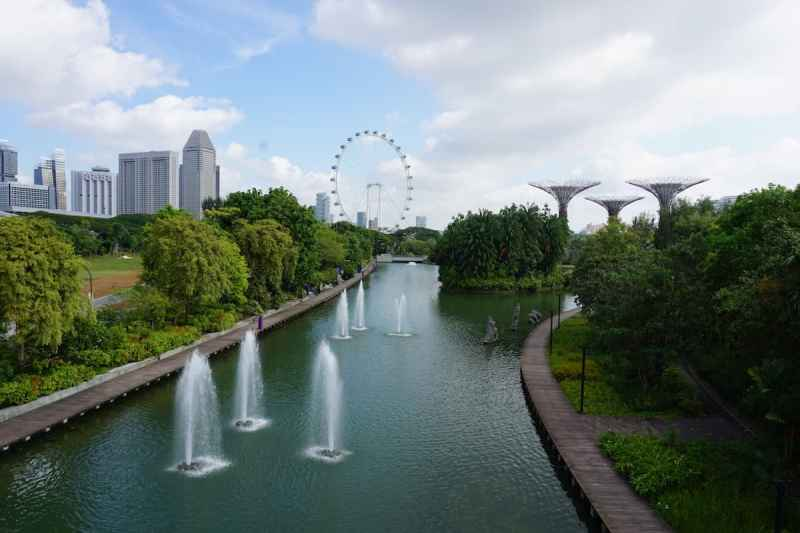 One Day in Singapore, Singapore Flyer