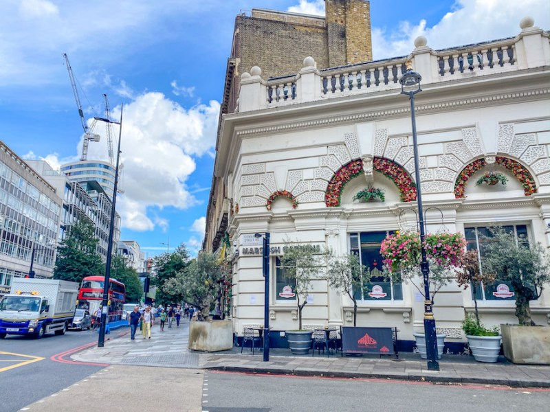 arab areas in London,Lebanese Restaurant Edgeware Road
