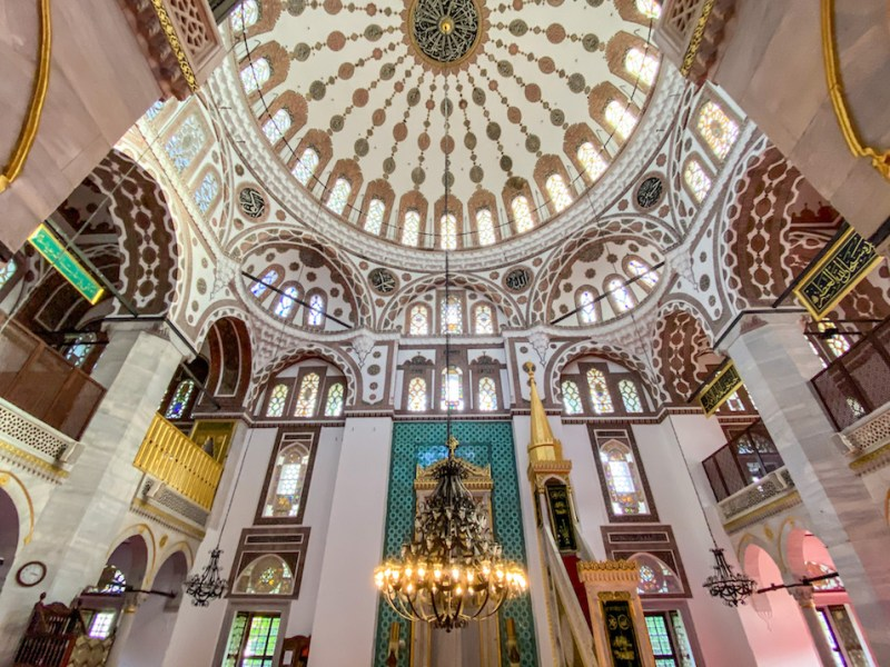 things to do in Uskudar, Uskudar Mosque