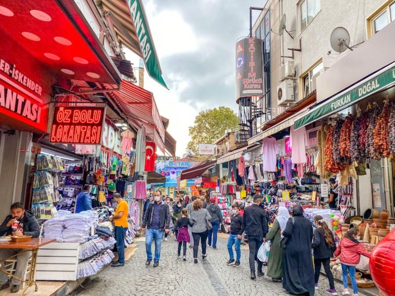 things to do in Uskudar, Uskudar Market