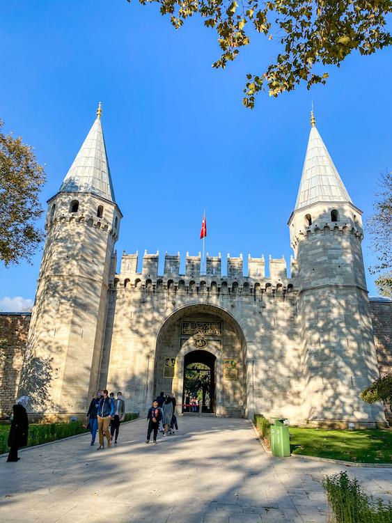 Topkapi Palace Entrance, istanbul itinerary 4 days, istanbul 4 day itinerary, 4 days in Istanbul