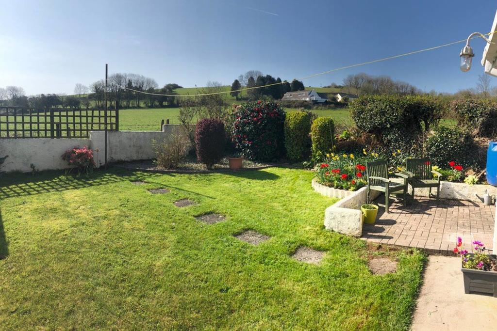 Little Mead Cottage Tenby Garden