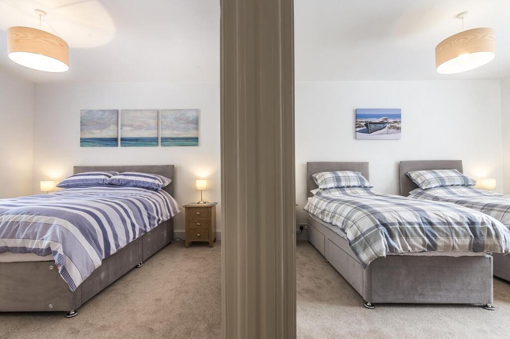 Sandy Retreat Cottage Tenby Bedrooms