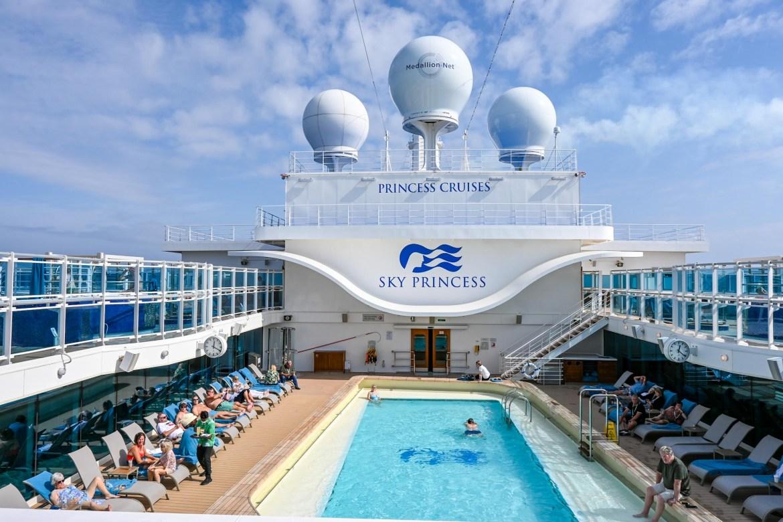 Princess Cruises from Southampton,retreat pool area