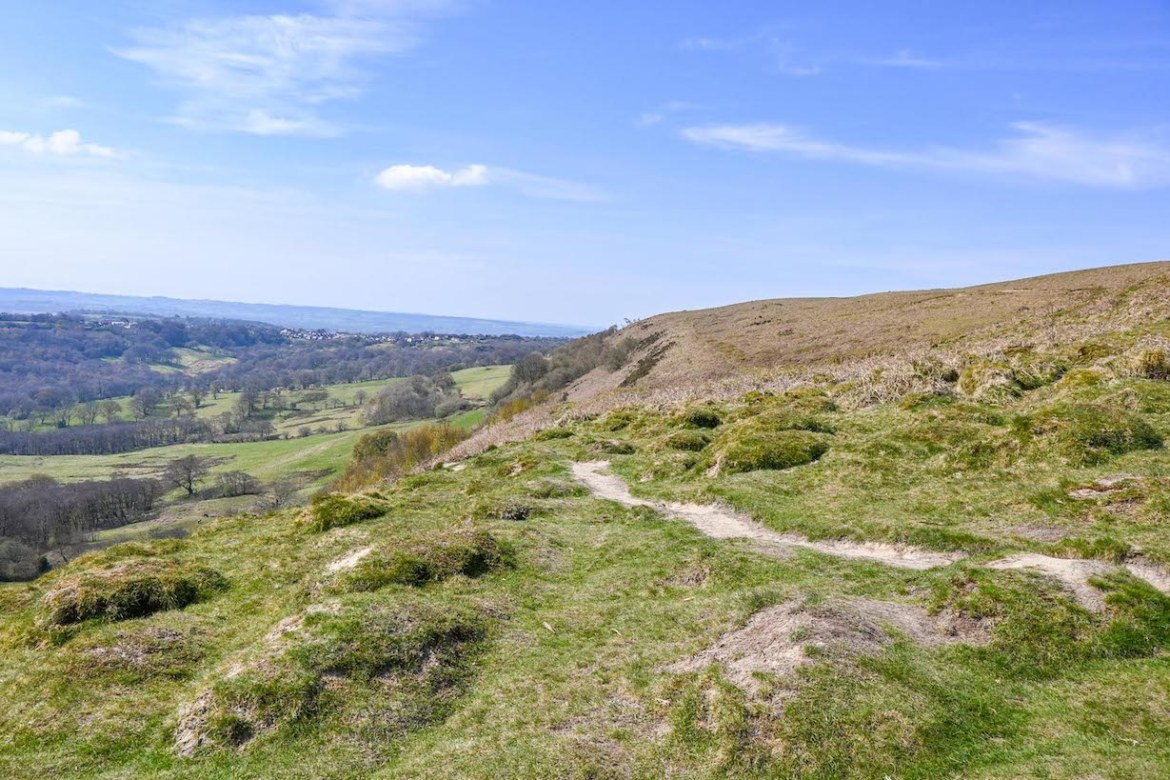 things to do in Cardiff, places to visit near Cardiff, Garth Mountain