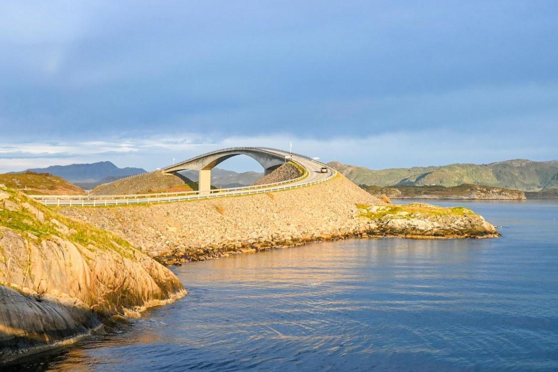 Atlantic Ocean Road Norway, Storseisundet Bridge