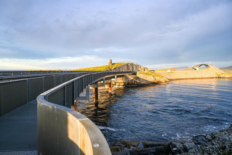 Atlantic Ocean Road Norway, path