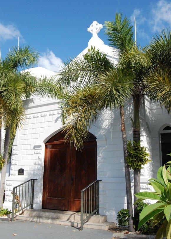 Elmslie Memorial United church, established 1846.