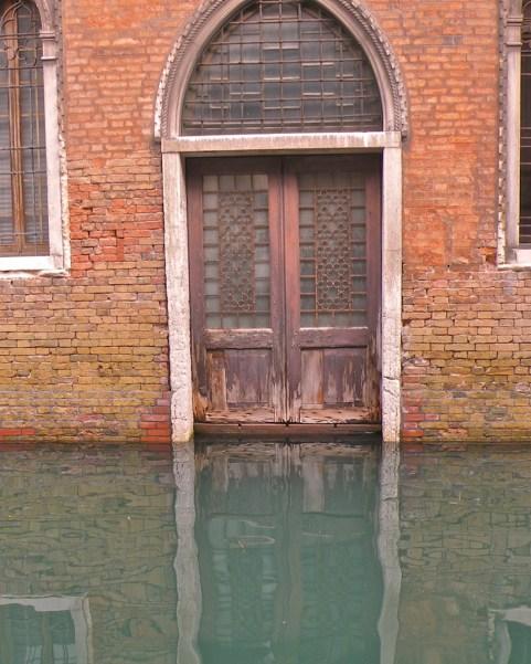 Flooded door, Riva >>>