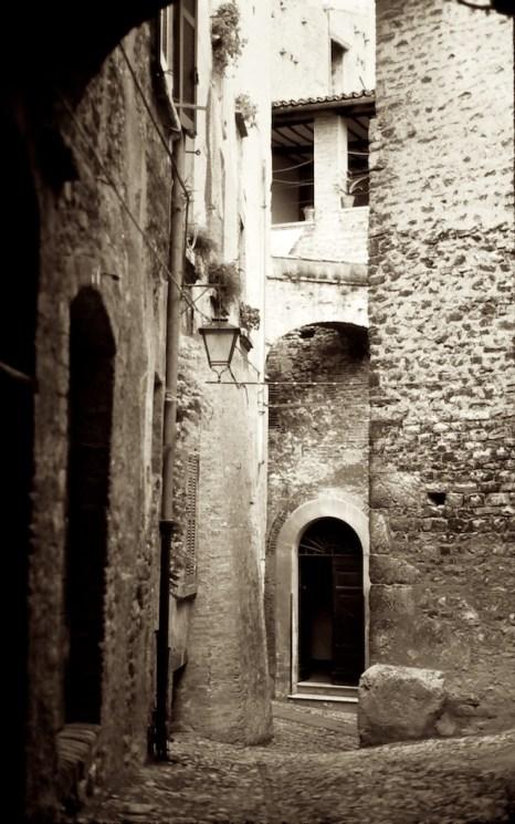 Wandering the Back Streets - Spoleto Steep Street