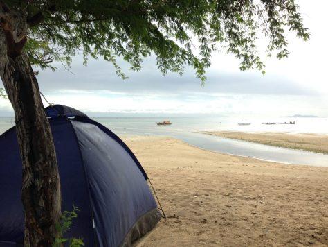 Calatagan Beach: Camping on Manuel Uy Beach grounds