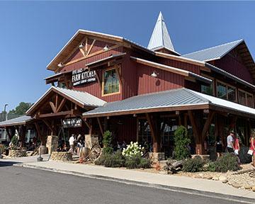 Smoky Mountains area restaurant Five Oaks Farm Kitchen