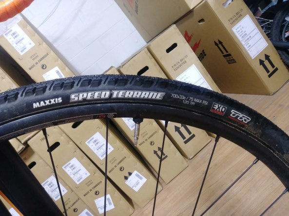 maxxis speed terrane