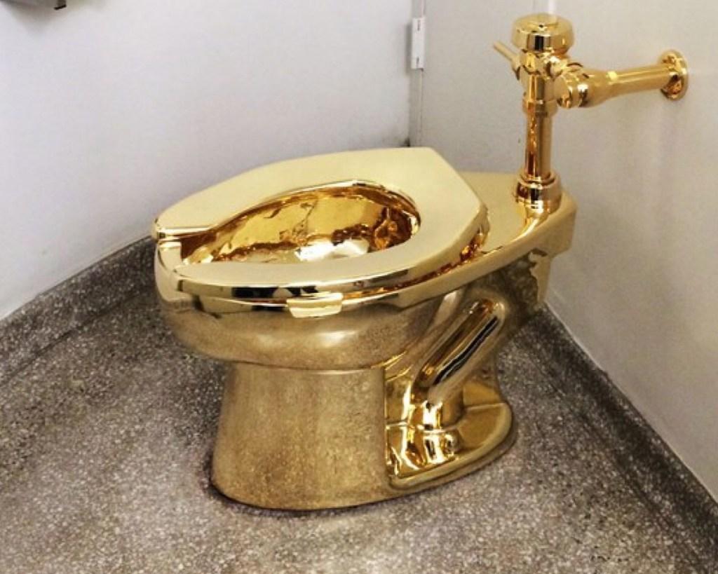 Guggenheim Museum Unveils Solid Gold Toilet Installation