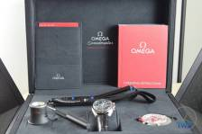 Omega box opened up with supplied content Omega Speedmaster Professional Moonwatch 42mm: Unboxing-Review [311.33.42.30.01.001] © 2016 blog.thewatchsource.co.uk All Rights Reserved