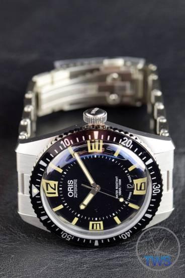The Oris Divers Sixty-Five (With Metal Bracelet) [01 733 7707 4064-07 8 20 18] Bracelet Pulled Strait Back