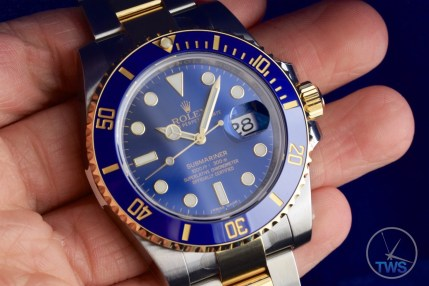 Rolex held in hand - Submariner Date: Hands-On Review [116613LB]