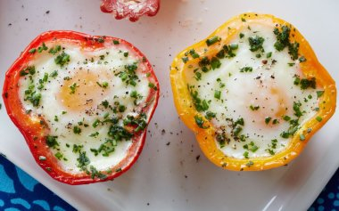 Eggs in Pepper