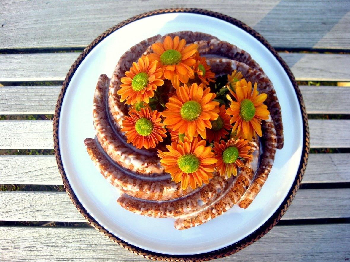 Desserts, cakes, bundt cakes, walnut spice cake with lemon glaze 1