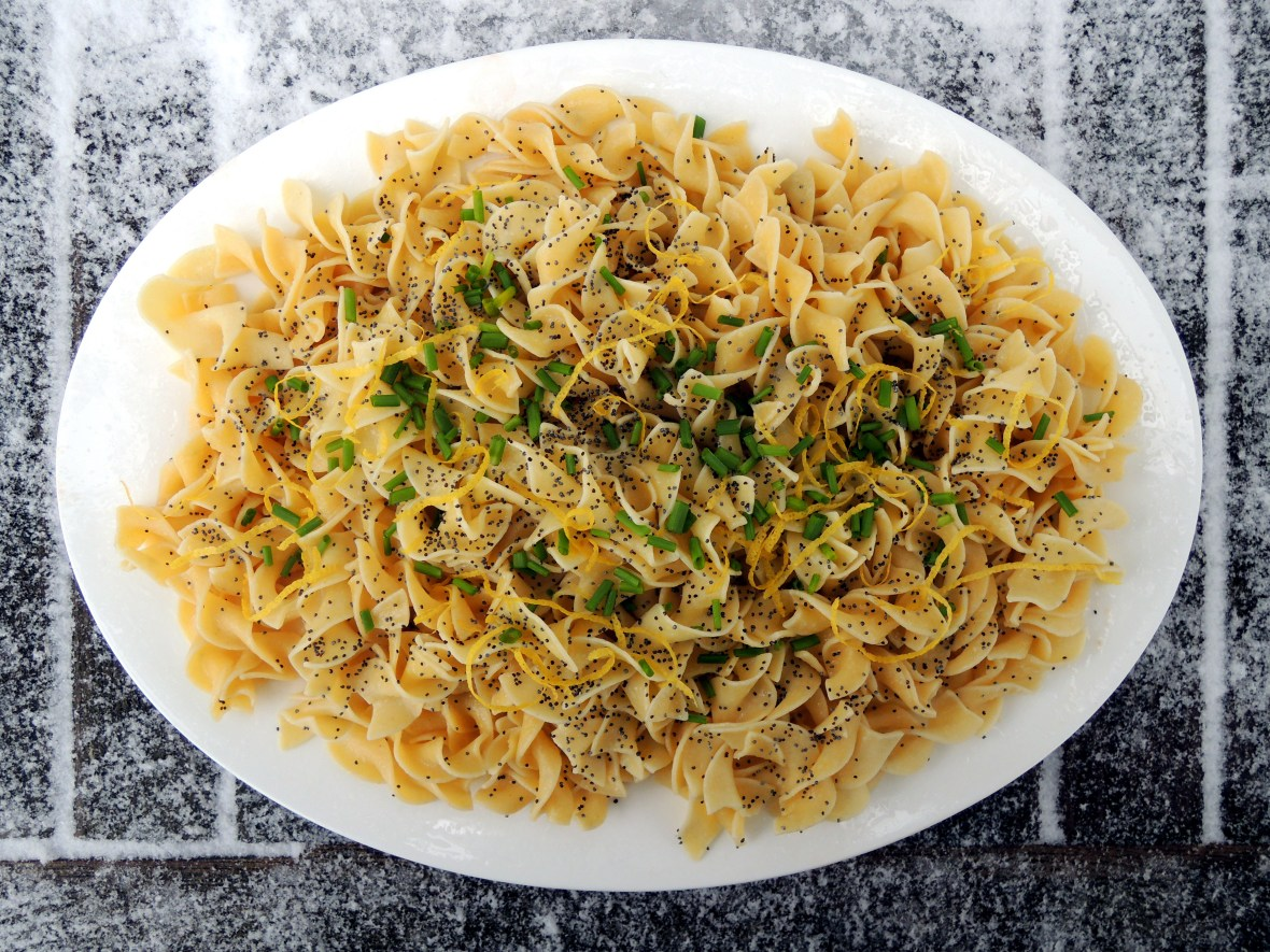 Pasta, egg noodles with lemon and poppy seeds 1