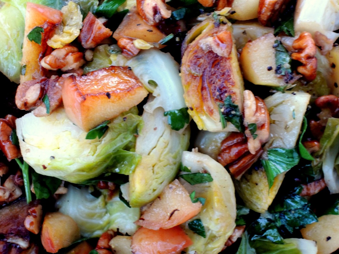 Vegetables, Brussels sprouts with apples and pecans 3