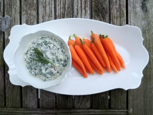 Appetizers, dips and spreads, spinach dip with baby carrots 1.4