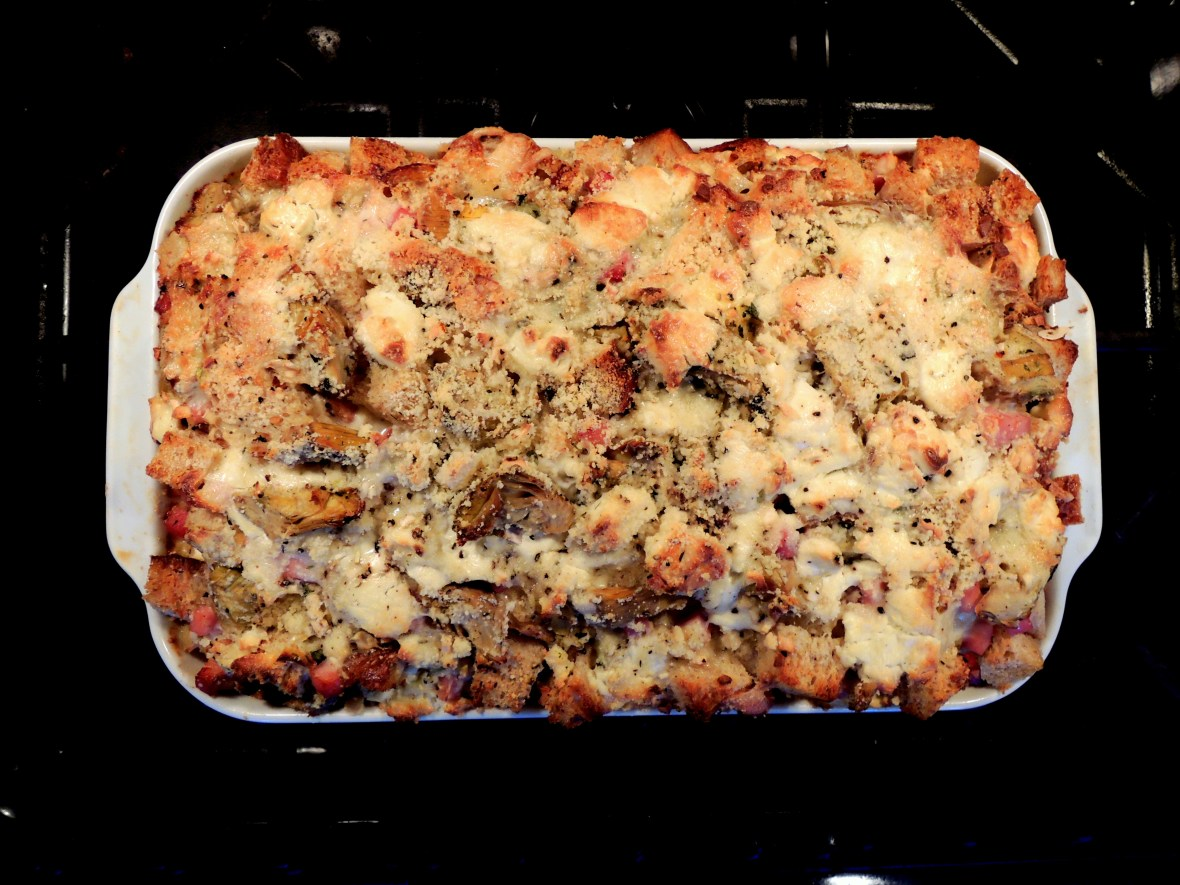 Eggs, strata with artichoke hearts, ham and goat cheese 1