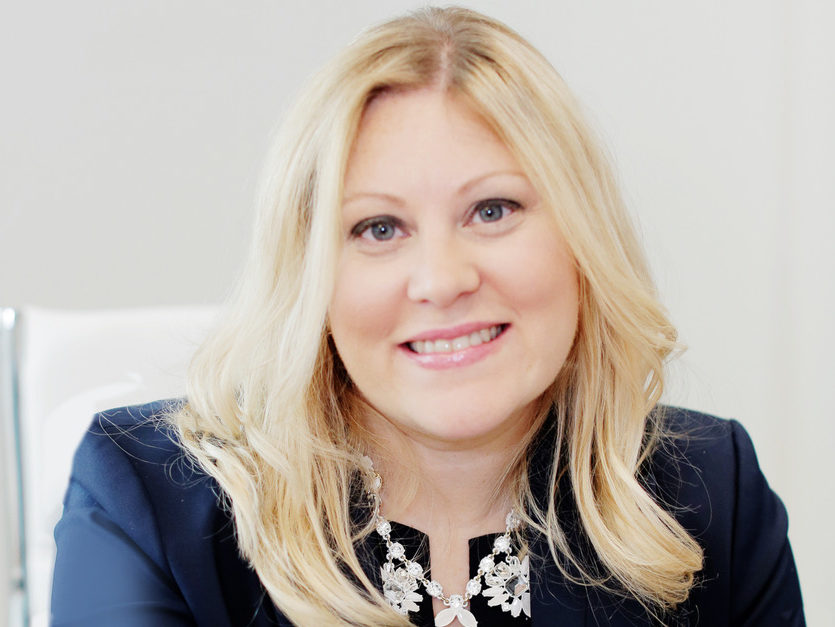 Episode 27 Angela Desveaux: Editor-in-Chief of WedLuxe Media