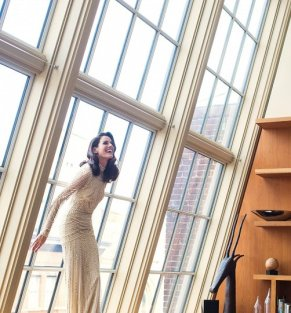 new-york-public-library-bride-getting-ready-portrait-christian-oth-studio__large_502_540_85auto_s_c1