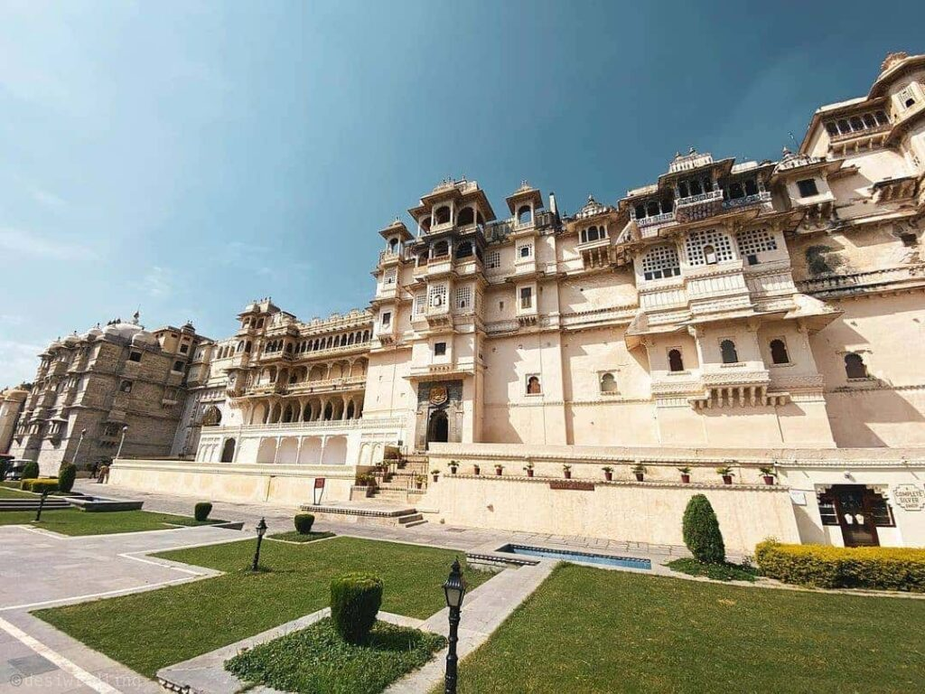 best places in Udaipur for pre wedding