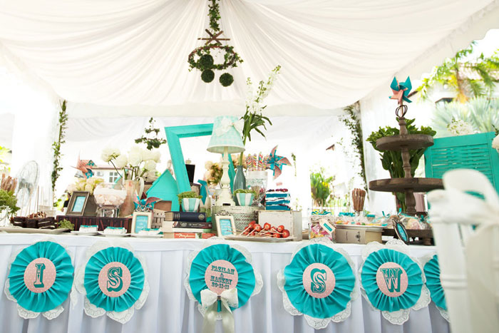 Event styling by Storybook. www.theweddingotebook.com