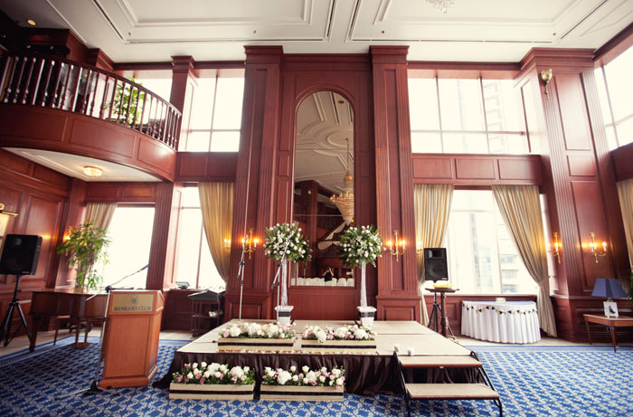 www.theweddingnotebook.com. Ndrew Photography. Blush pink and black wedding at Bankers Club, Kuala Lumpur